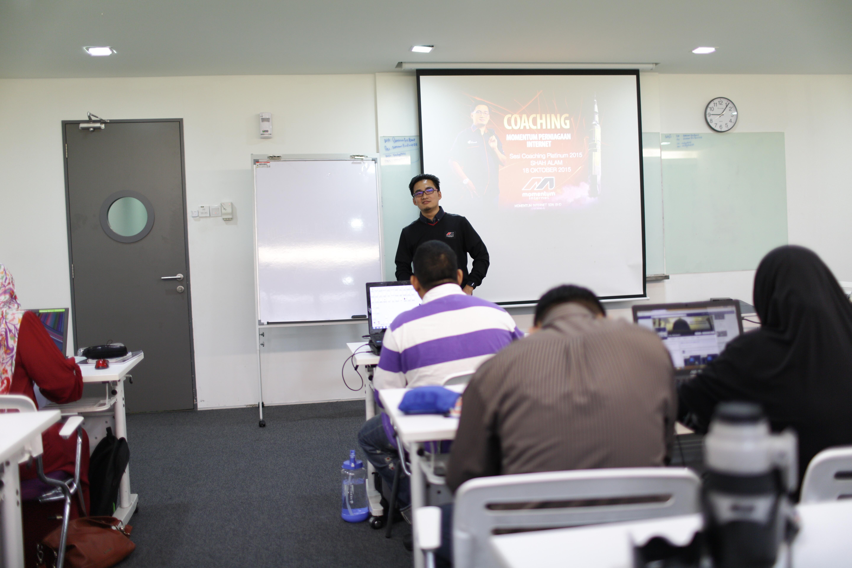 Sesi Coaching Intensif Momentum Internet
